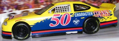 Hot Wheels #50 Pro Racing Boy Scouts 1:24 Character Counts 1998 Ford Thunderbird NASCAR