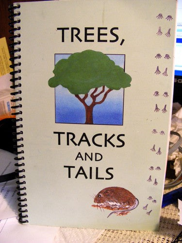 On the Trail of Trees, Tracks and Tails in Arizona - Wide World Maps & MORE! - Book - Wide World Maps & MORE! - Wide World Maps & MORE!