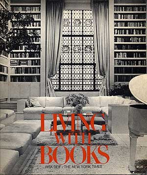 Living with books;: 118 designs for homes and offices