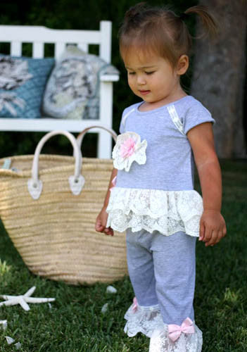 Cach Cach Heather and Lace Swing Set