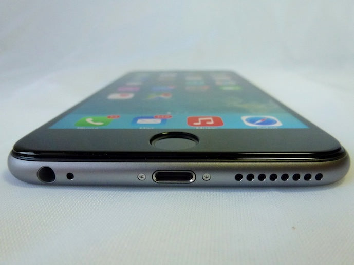 Imos Solid EX 3D Corning Gorilla Glass for iPhone 6+: Front View with Screen On