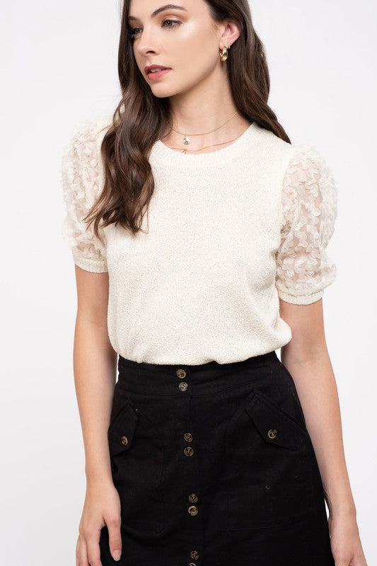 PUFF SLEEVES TOP