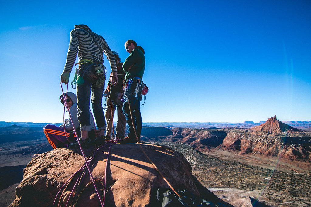fits sock ambassador thomas woodson mountain climbing with friends