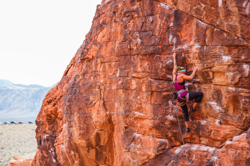 fits sock ambassador bree buckley climing red rock mountain
