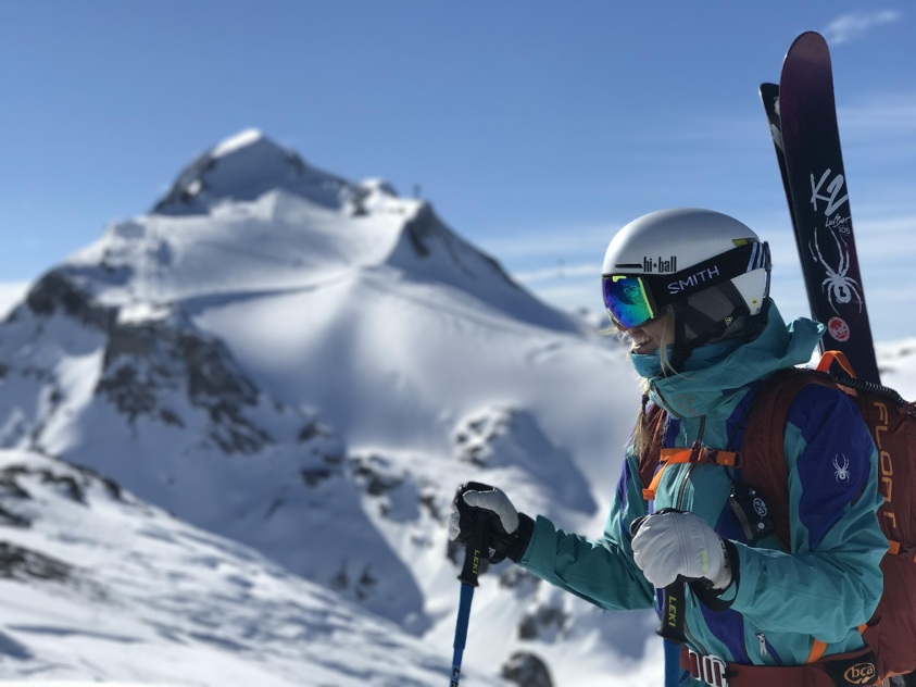 fits socks ambassador amie engerbretson skiing in the alps