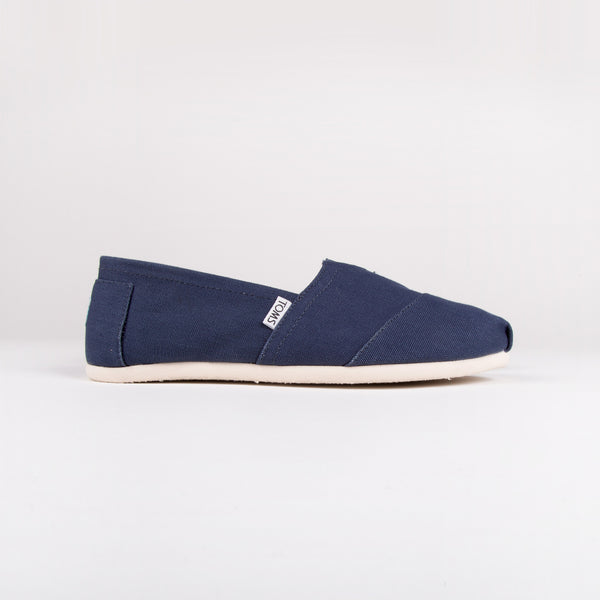 Men's Canvas Classics
