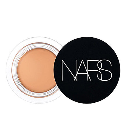 NARS Soft Matte Complete concealer (full coverage)