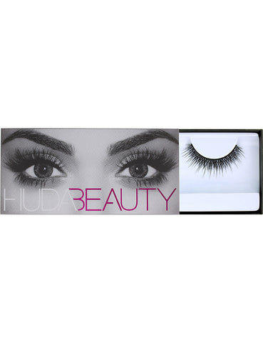 HUDA BEAUTY | Claudia Classic Lashes #6