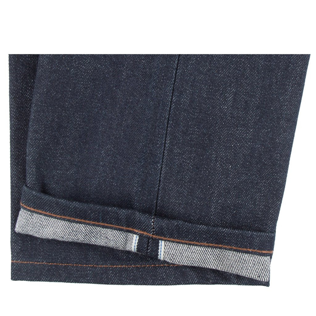 UB601 - Relaxed Tapered Fit Denim