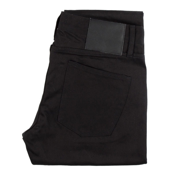 UB455 Tight Black Chino