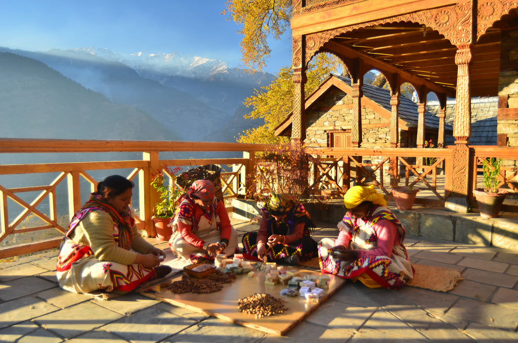 MANALI: OF WINTER TALES AND TEMPLE SACRIFICES