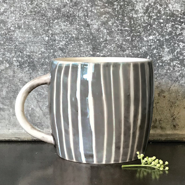 East of India Boxed Rustic Mug with Painted Wash Stripe