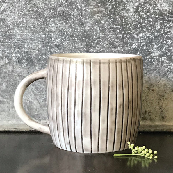 East of India Boxed Rustic Mug with Scratched Lines