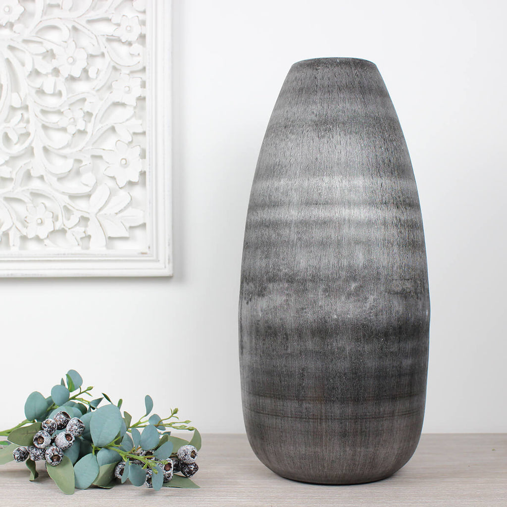 Givrin Matte Charcoal Vase