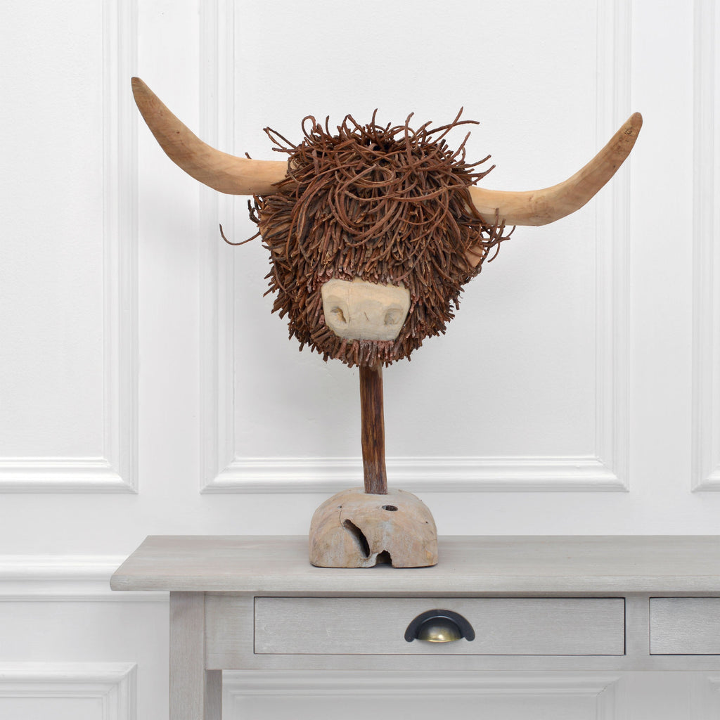 Highland Cow Wooden Sculpture - Voyage Maison