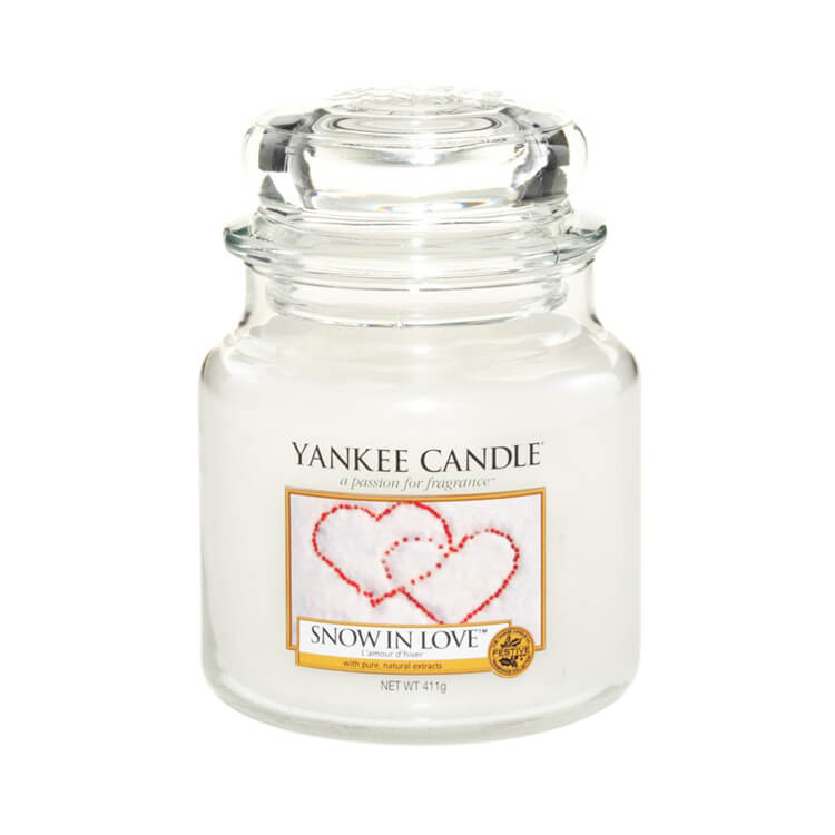 Yankee Candle Snow in Love Medium Jar Candle