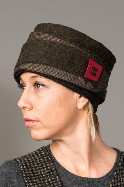 Structural toque hat - criopia