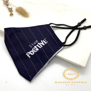 "Masque Confortable Motif pinstripe ""live positive"""