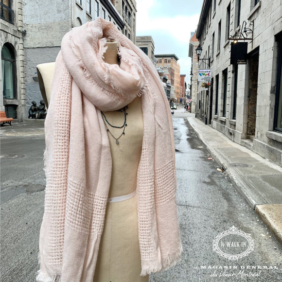 Foulard Rose Tendre Tissage Aérien - Le Walk-in MGVM