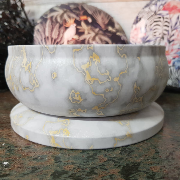 White Marble Gold Print - Multi Wick Tin Candle