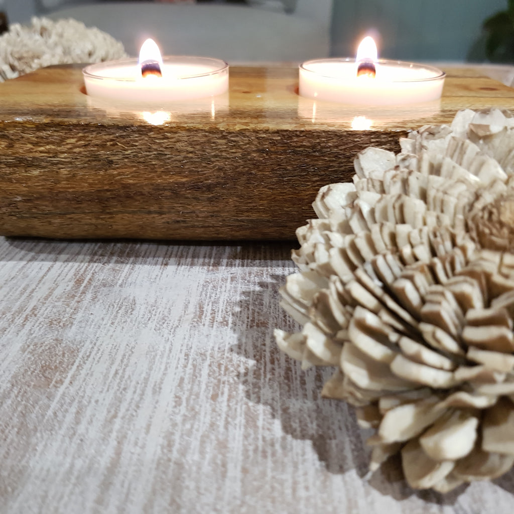 Duo wooden spa candle holders (includes 2 candles)