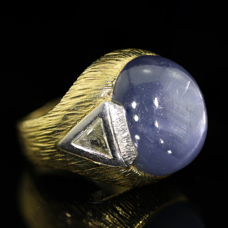 A 35.00 ct Star Sapphire Gold Platinum and Diamond Ring - Lueur Jewelry