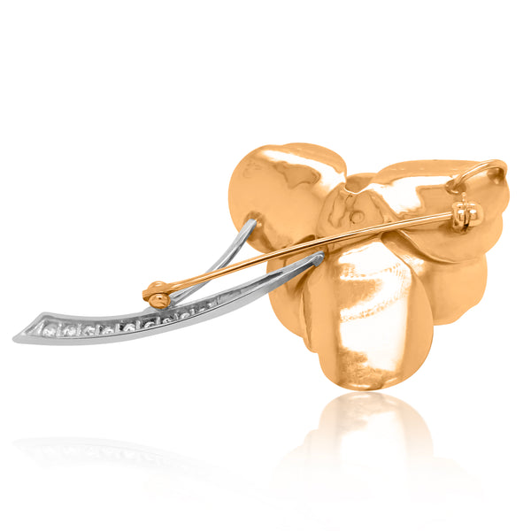 14K Gold Diamond Flower Brooch - Lueur Jewelry