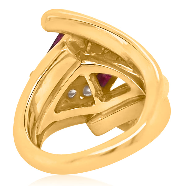 18K Gold Ring with two Triangle-shaped Ruby and round Diamond - Lueur Jewelry