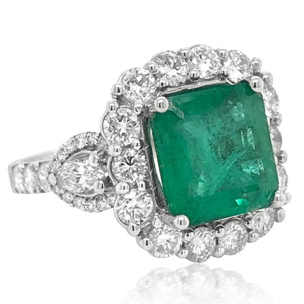 18K White Gold Emerald Diamond Ring - Lueur Jewelry