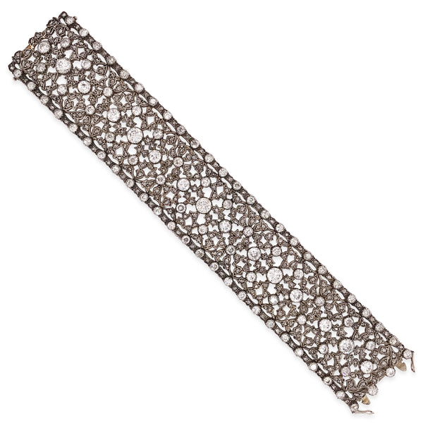 Buccellati, Intricate Mesh Diamond Gold Bracelet - Lueur Jewelry