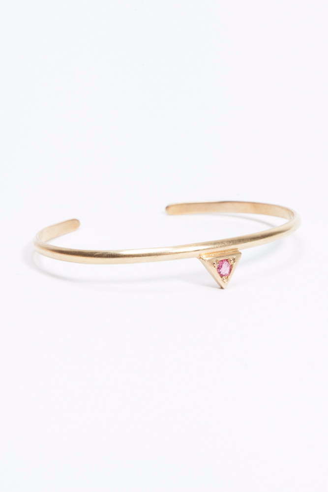 SINGLE PEAK TRIANGLE BRACELET