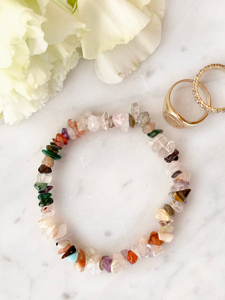 EARTH ANGEL Cleansing Crystal Chip Bracelet