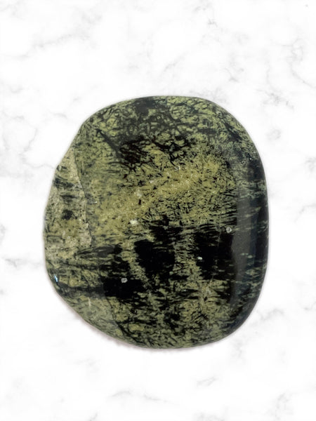 Palm Stone Crystal (Chytha Jade) • NEW