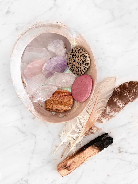 MAKE IT HAPPEN Palm Stone + Quartz Crystal Set (10 pieces)