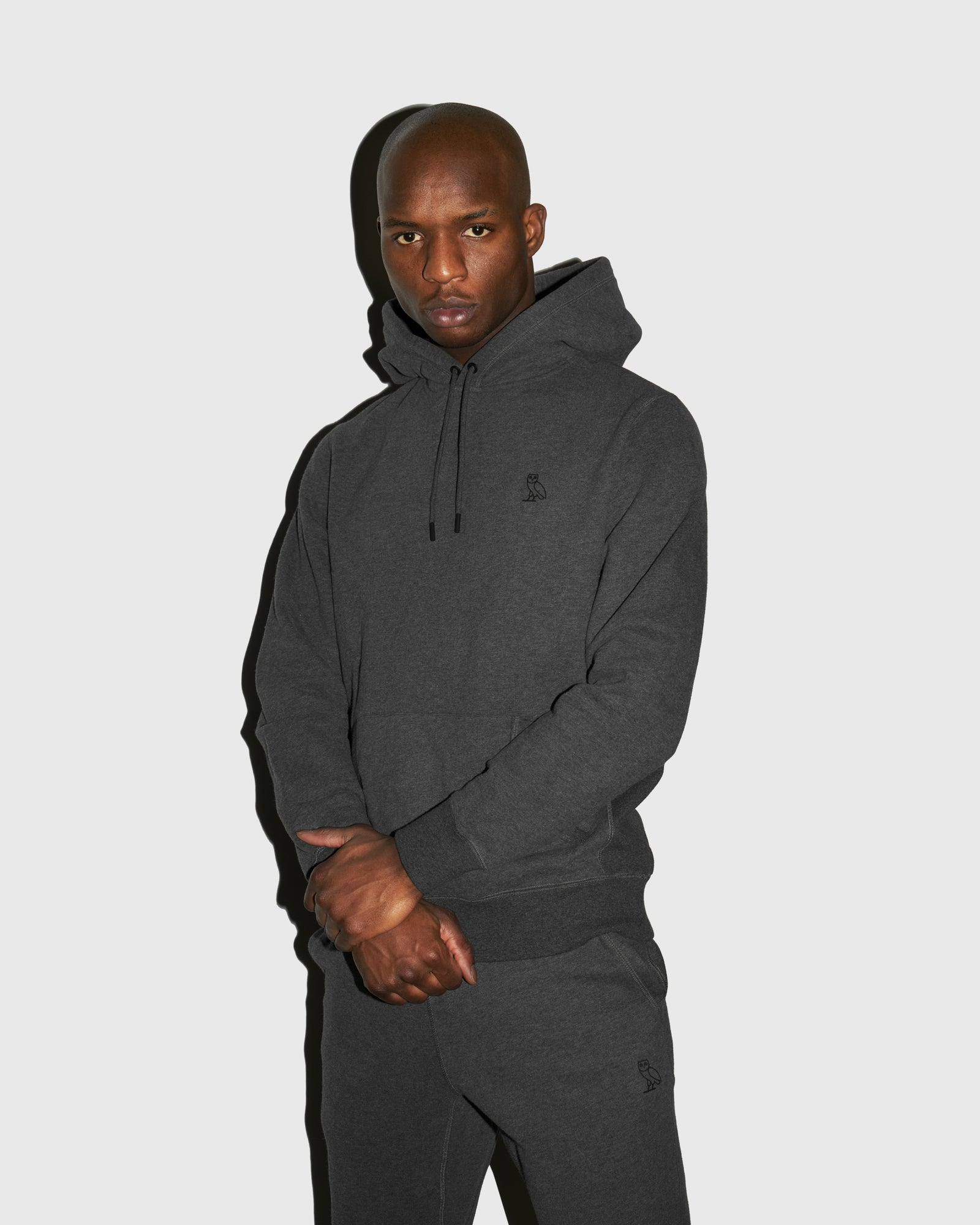 MID-WEIGHT FRENCH TERRY HOODIE - HEATHER CHARCOAL