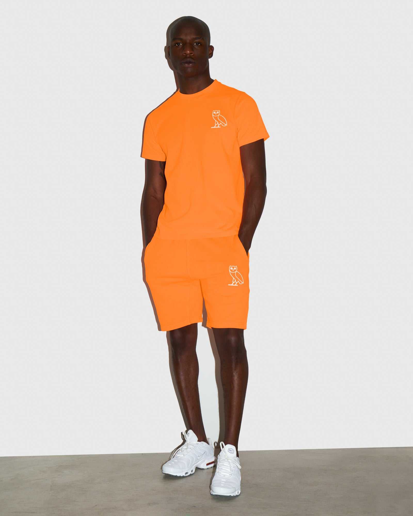 OVO NEON DYE SHORT - NEON ORANGE