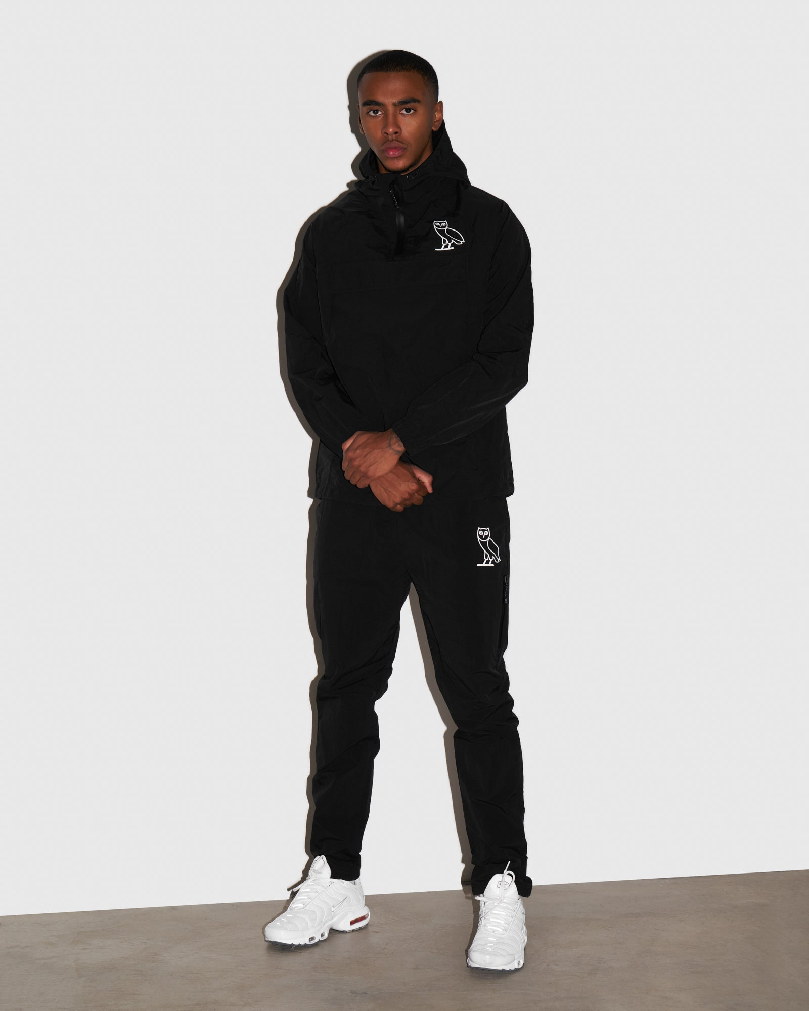 TASLAN ZIP POCKET PANT - BLACK IMAGE #2