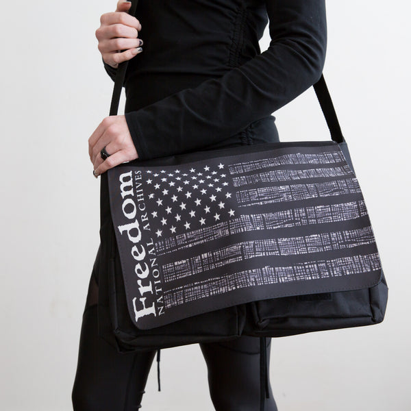 Messenger Bag Interwoven Glory