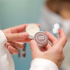 Lip Scrub in travel size tin