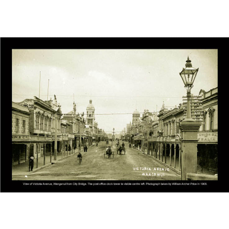Unique/Thick postcard : Photograph Collection - 1908, Victoria Avenue, Wanganui - Kiwi Collections