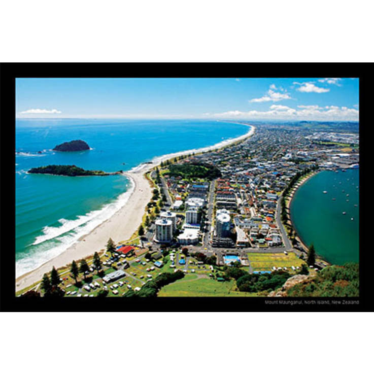 Unique/Thick postcard : Scenic - Mt. Maunganui - Kiwi Collections