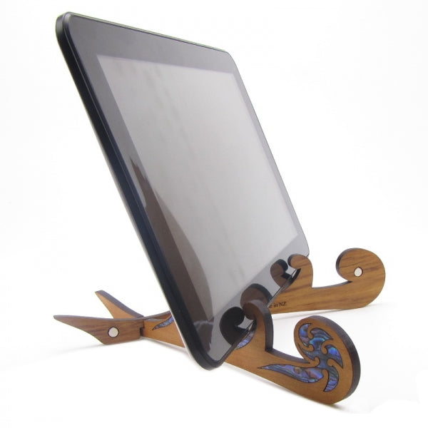 KORU TABLET STAND - WHITE MOP & RIMU - Kiwi Collections