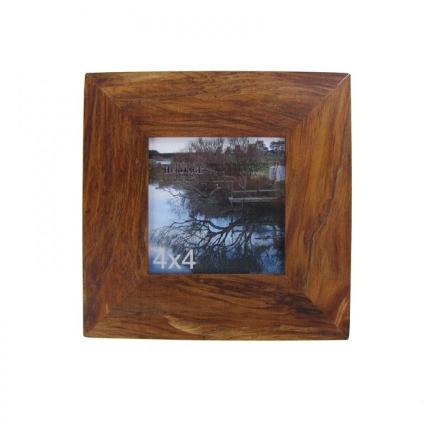 "PICTURE FRAME, RIMU - 4X4"" PLAIN - Kiwi Collections"