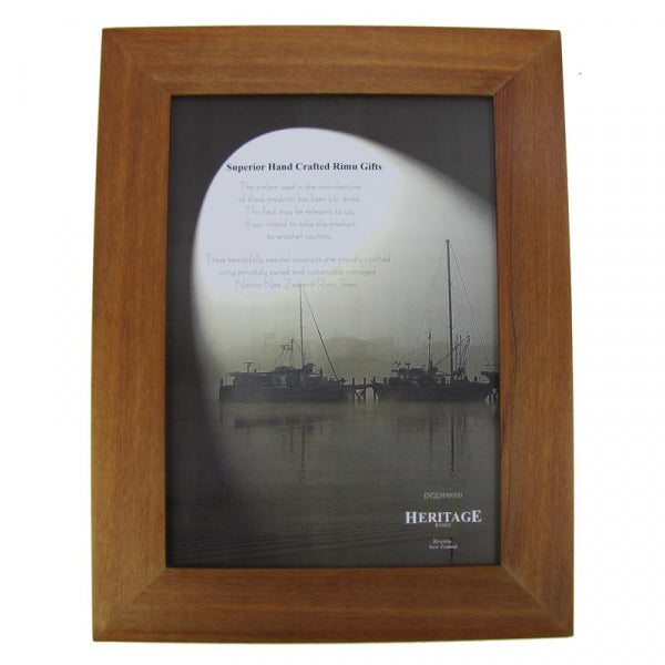 PICTURE FRAME, RIMU - A4 PLAIN PORTRAIT - Kiwi Collections