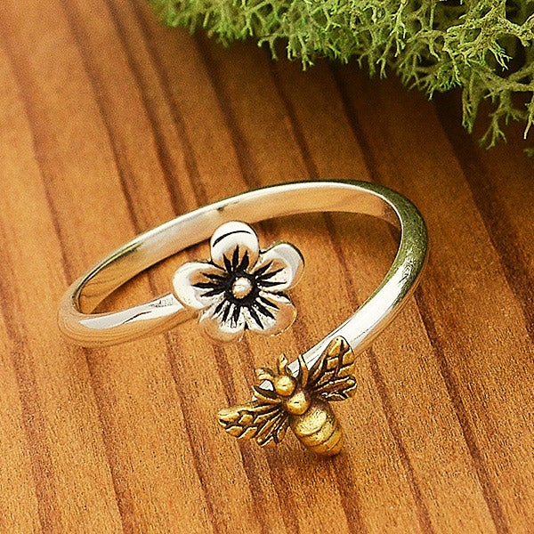 Adjustable Flower and Bee Ring