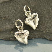 Small Shark Tooth - Poppies Beads n' More