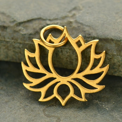 Wide Symmetrical Blooming Lotus Charm