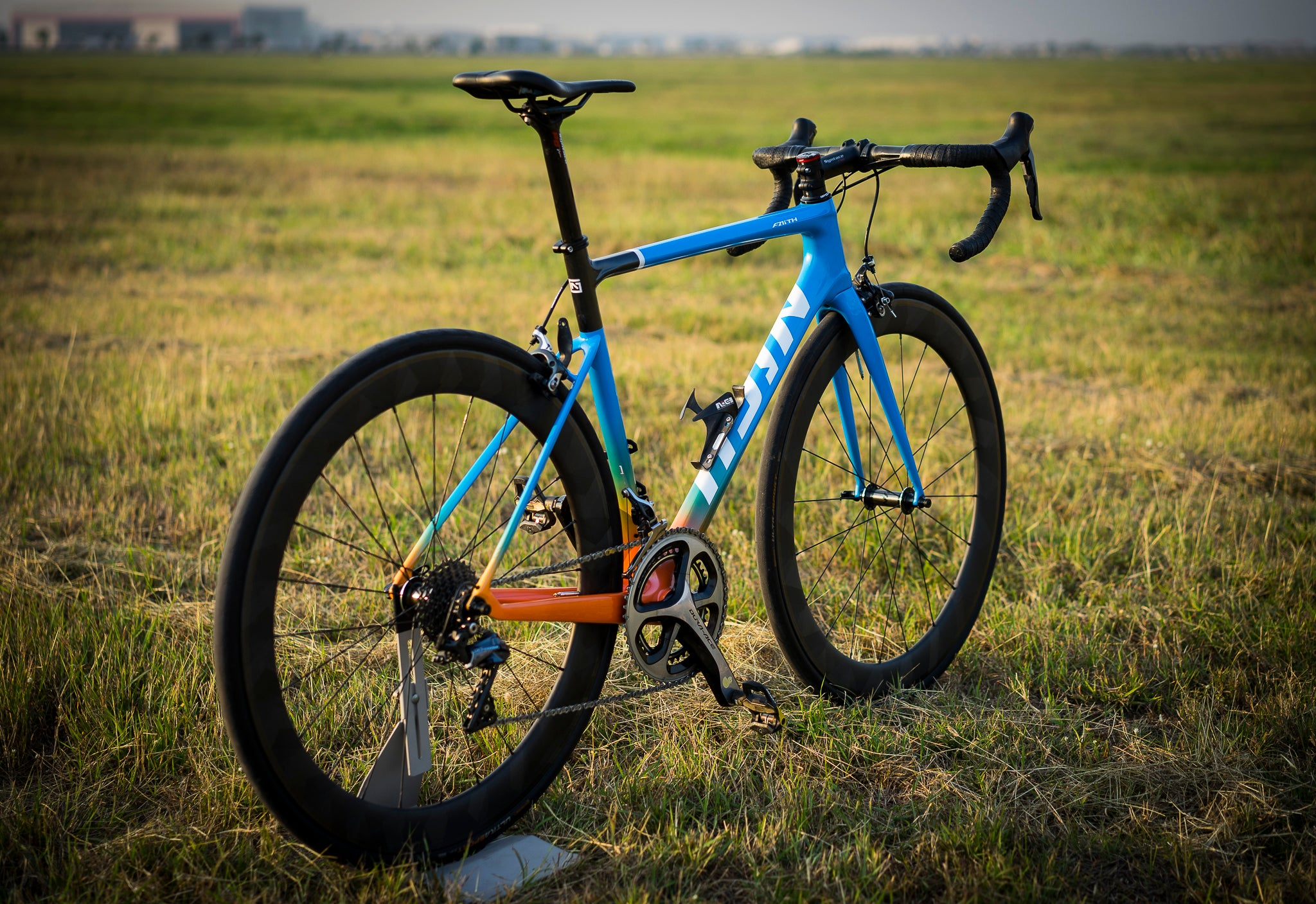Nich Faith2 Road bike