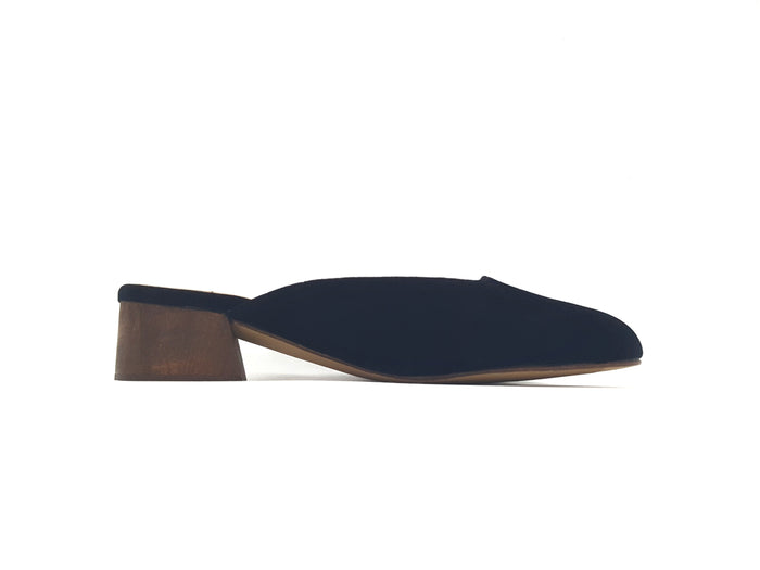 Lane, Black Suede