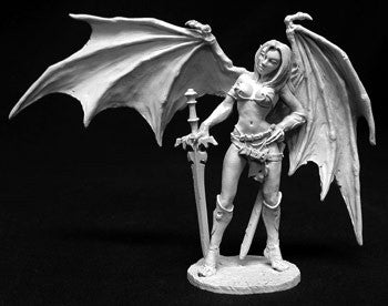 01406: Sophie, Succubus 72mm: www.mightylancergames.co.uk